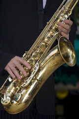 Musicien : Joueur de saxophone