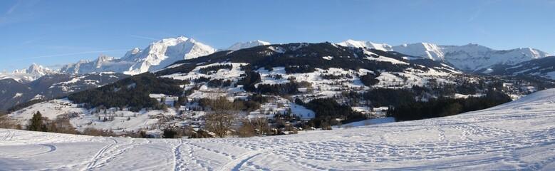 panorama mont blanc et mont joly vu de combloux