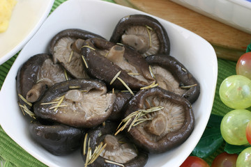 Lightly pan fried Chinese mushrooms with rosemary