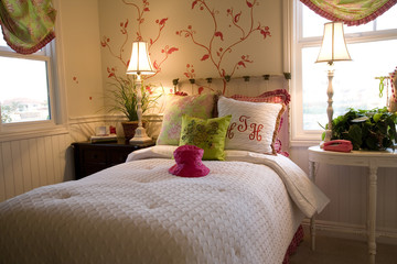 Comfortable modern bedroom.