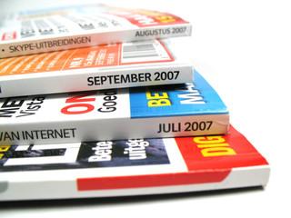 magazines straight