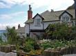giardino casa tipica