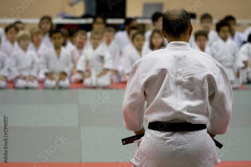 Leinwanddruck Bild judo karaté professeur enfant tatami apprendre cours