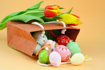 Easter and decorative ornaments - eggs and tulips