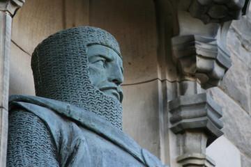 statue garde chateau d' edimbourg