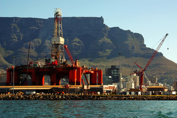 oil- rig in bay into big city cape town, south africa
