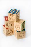 amuser apprendre bois cube empiler enfant jouer jouet lettre tra poster