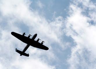 Lancaster Silhouette