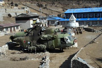Namche Baazar - crashed helicopter