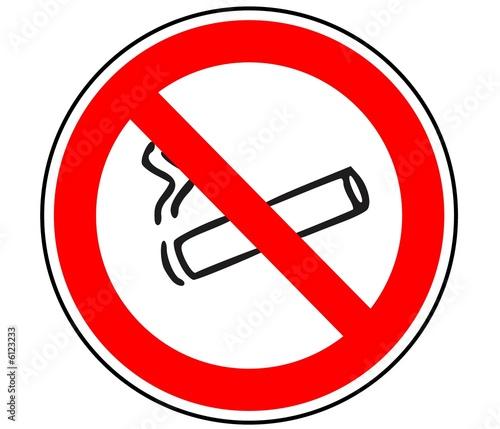 panneau de signalisation interdiction de fumer photo libre de droits sur la banque d 39 images. Black Bedroom Furniture Sets. Home Design Ideas