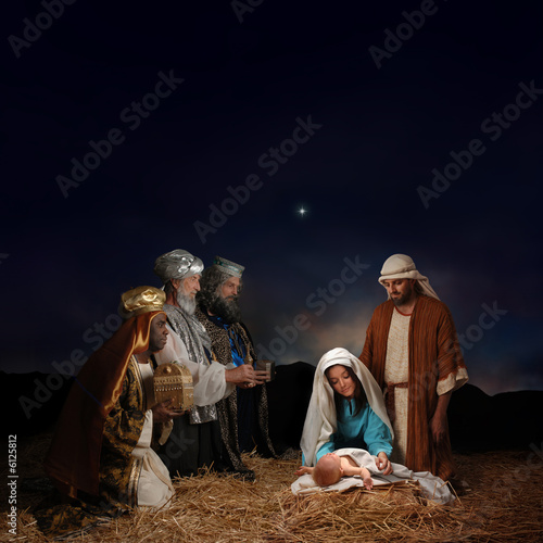Christmas nativity scene with three Wise Men - 6125812