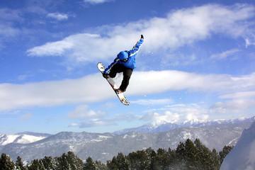 Snowboard ( dans les airs )