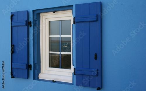 bretagne,fenêtre vue sur mer - 6178464