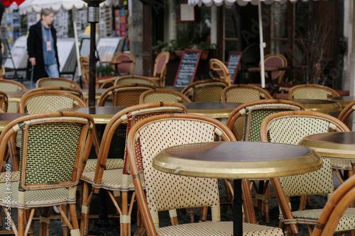 Papiers peints Table preparee Terrasse d'un café