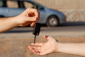 exchanging new car keys