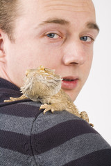 bearded dragon on shoulder
