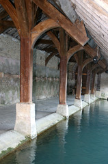 lavoir ancien de Carisey