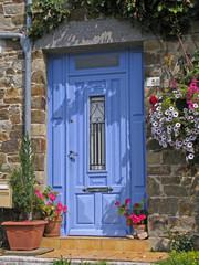 Le Vivieur, blaue Tür, Bretagne