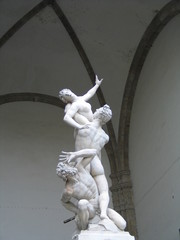 rape of the sabine women, Loggia dei Lanzi in Florence