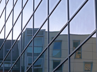 Spiegelnde Fassade