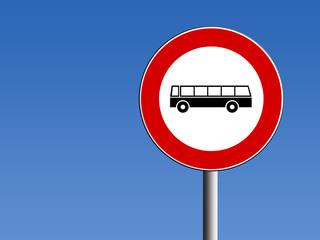 Segnale divieto di transito pullman