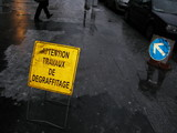 Attention travaux de dégraffitage. poster