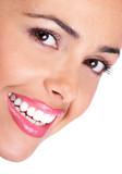 Biały uśmiech - 6359835