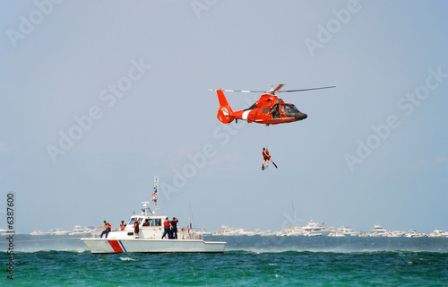 Coast guard rescue - 6387600