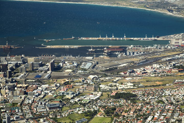 Overview Cape town with harbors