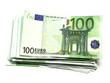 liasse de billets 100 euros sur fond blanc