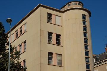façade courbe