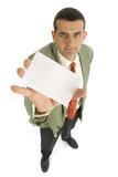 Homme donne une carte de visite poster