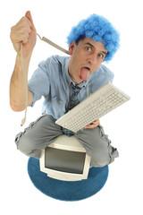 Homme stréssé avec son ordinateur