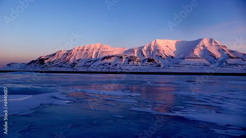 Fotobehang Antarctica 2 Longyearbyen 78°