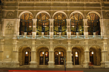 Wiener Staatsoper Haupteingang - Vienna opera main entrance
