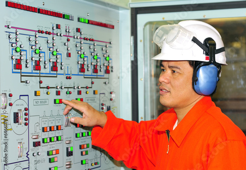 poster of A shipping engineer