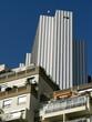 Immeubles récents à Paris.