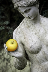 Statue of Eve with the Apple II