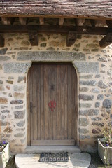 Porte d'entrée d'une propriété de Saint-Céneri-le-Gérei