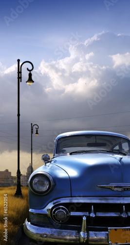 widok-z-hawany-z-klasycznym-samochodem-z-przodu