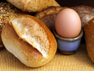 bread rolls & egg