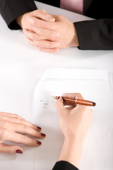 contract signature1