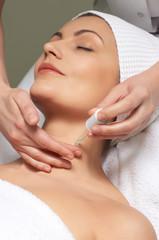 anti-wrinkles treatment applying