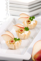 Pear and creamcheese canapes