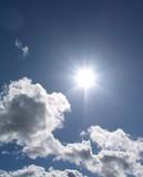 soleil et cumulus poster