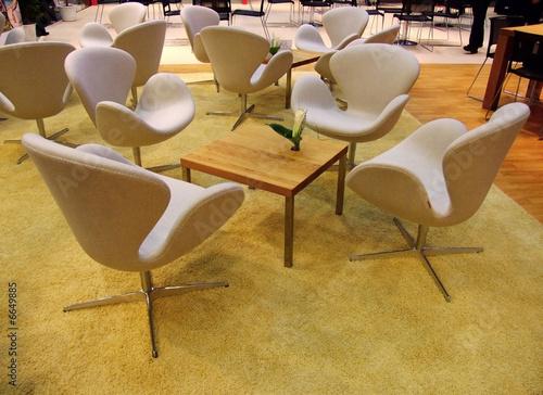 sitzecke sessel besch gelber teppich stockfotos und. Black Bedroom Furniture Sets. Home Design Ideas