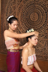 Thai head  massage