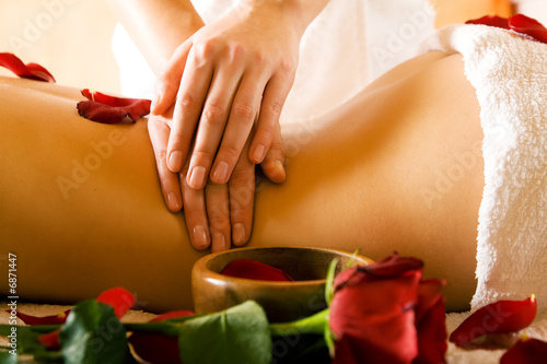 canvas print picture Rückenmassage