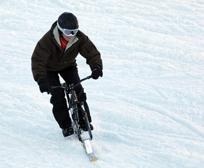 velo ski neige montagne snow surf ski bike