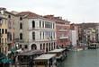 Palais sur les quais du grand canal, Venise, italie.
